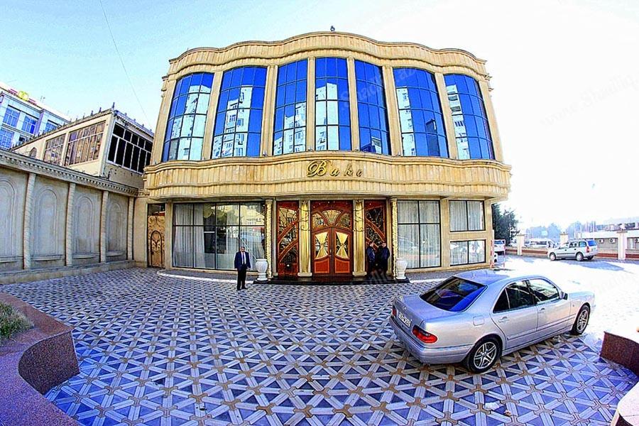 Bakı Saray