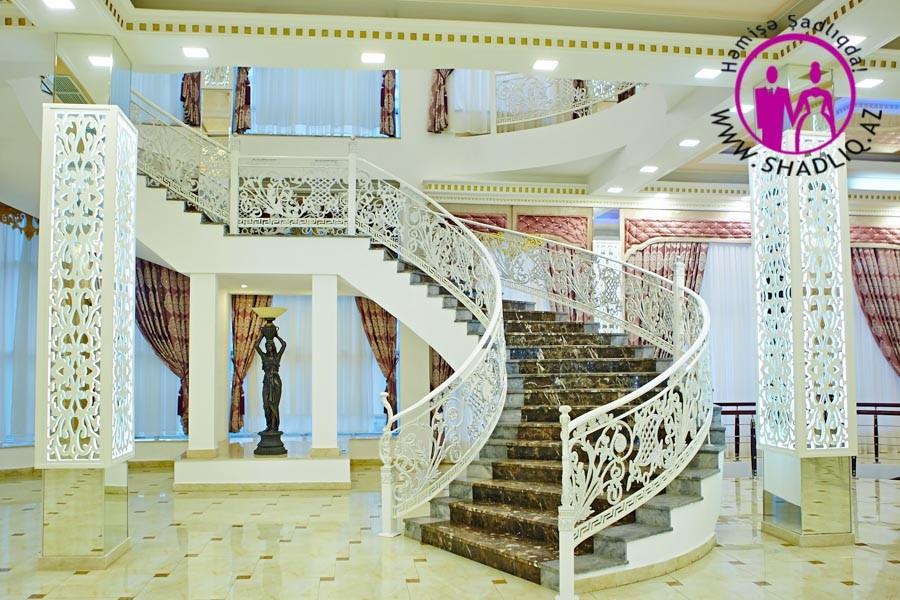 Kral Şadlıq Sarayı