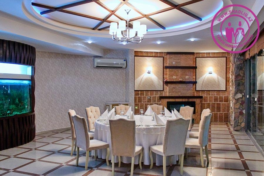 Neon Ailəvi Restoran